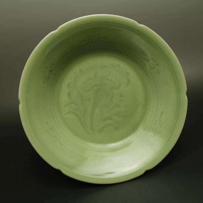 Rare Song Dynasty (961--1275) porcelain bowl,Longquan kiln,orchid, best collection & adornment, Free shipping