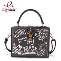 Mode Schwarz & Weiß Graffiti Cartoon Muster Box Stil Pu Leder Damen Party Handtasche Schulter Tasche Umhängetasche Messenger Bag-in Taschen mit Griff oben aus Gepäck & Taschen bei