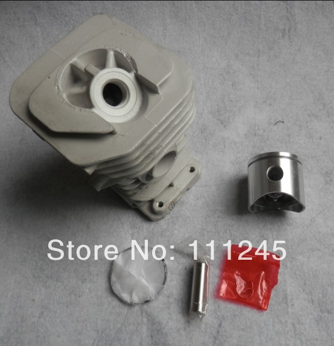 38MM CYLINDER KIT FOR HUS. 36 136 137  CHAINSAW ZYLINDER ASSY W/ PISTON RING SET CLIP PIN ASSEMBLY  REPL. P/N 530 0699 40 chainsaw piston assy with rings needle bearing fit partner 350 craftsman poulan sm4018 220 260 pp220 husqvarna replacement parts