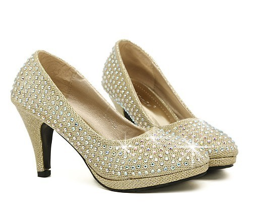 9dd03ccca08 US $28.89 |High Quality Luxury Gold Diamond shine Wedding Pump Party Shoes  Elegance Women's Low High Heel Pumps shoe In 3 colors-in Women's Pumps from  ...