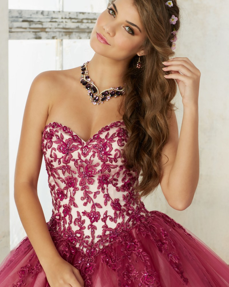 5e3ea773d Modern Cherry Quinceanera Dresses Embroidery Appliqued Bolero Debutante  Ball Gown Vestido de 15 nos Sweet 16 Party Dress QD33-in Quinceanera  Dresses from ...