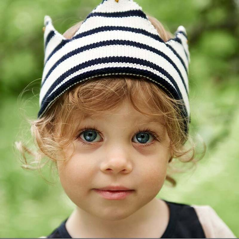 1 Pcs 2016 New Fashion Crown Empty Head Children Knitted Caps Autumn Winter Beanies Stripe Hats For Boy And Girl 8491 high quality new fashion rhinestone crystal crown children baseball caps brand popular beauty snapbacks hats for boy girls child