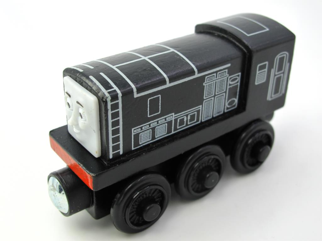 Wooden Thomas Train T039W DIESEL Thomas And Friends Trackmaster Magnetic Tomas Truck Car Locomotive Engine Railway Toys for Boys