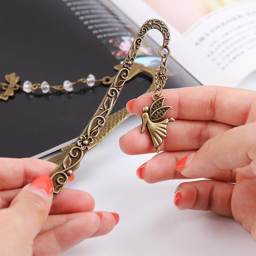 1PC Cute Retro Alloy Metal Bookmark Fashion Mermaid Beaded Or Angels Butterfly Bookmarks Creative Stationery