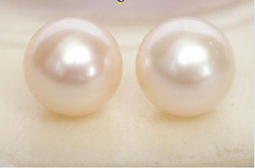 Livraison Gratuite>>>> AAA Naturel 12mm parfait rond blanc perles Boucle D'oreille 14 K solide or post j7778