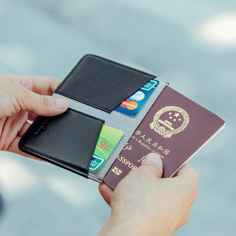 NewBring Leather Passport Cover Folding Travel Wallet Men Checkbook Id Holder Ticket Clip Purse Nederlands Passport Holder