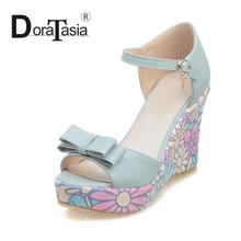 2016 princess style small big size printing flower wedges women dating shoes elegant sweet bowtie ankle strap lady party sandals