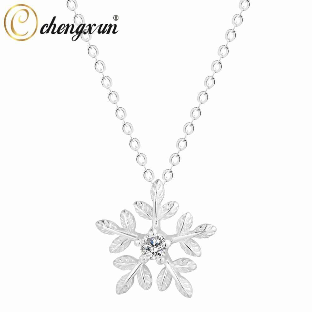 CHENGXUN Sparkly Winter Schneeflocke Anhänger Kristall Blume Baumeln Halskette Frauen Mädchen Charme Collier Hochzeit Partei Schmuck