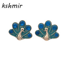 The new animal stud earrings Color peacock fashion cute accessories wholesale