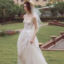 Sexy Lace Boho Beach Wedding Dress 2019 Strapless Appliques Backless Vestido De Noiva Chaep Gowns