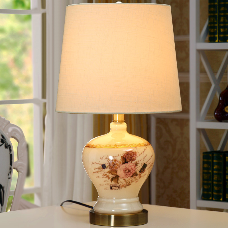 YOOK 29*48CM European Hand Painted Flower Sticker Glass Table Lamp for Bedroom Bedside American Modern Simple Table Lamp.