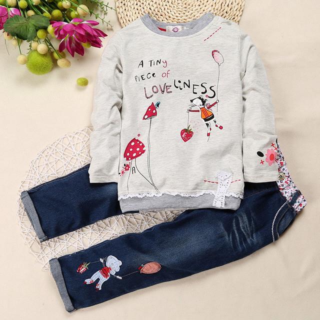 New outono & inverno Roupas de menina de moda impressão Dos Desenhos Animados 2 pçs/set roupa Infantil menina de manga comprida T-shirt + calças de brim