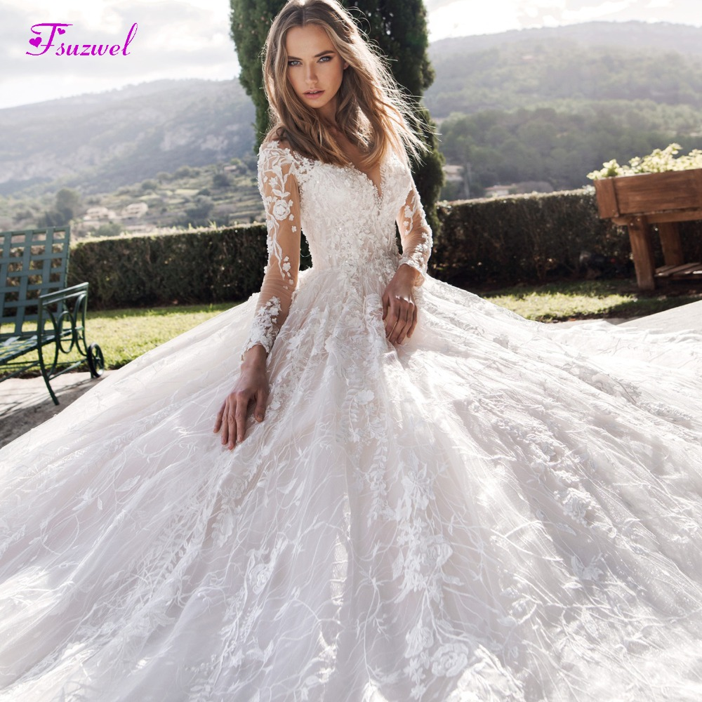 Gorgeous Appliques Chapel Train Lace A-Line Wedding Dress 2020 Luxury Beaded Scoop Neck Long Sleeve Flowers Princess Bridal Gown