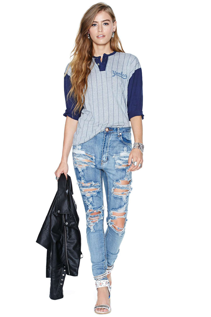 2015 fashion baseball sport t shirt women tops Yankees print striped loose  casual tshirt women work wear plus size-in T-Shirts from Women s Clothing  on ... f4f9bda04fb