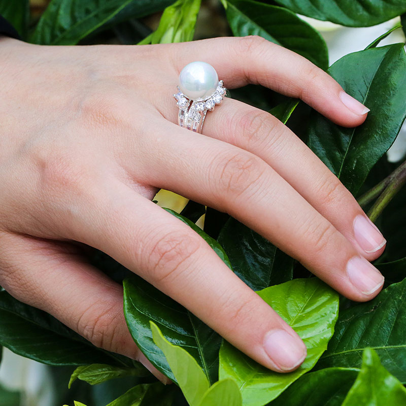 Fashion White Pearl Cubic Zirconia Rings for Women Silver Engagement Statement Jewelry 2019 New Arrivals Dropshipping in Engagement Rings from Jewelry Accessories