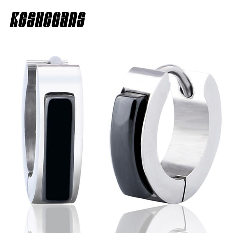 купить Top Quality Simple Style Earrings Ceramic Jewelry Black White -Color Paved with AAA Ceramic Stud Earrings for Women Wedding Gift по цене 883.29 рублей