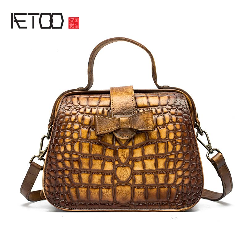 AETOO New fashion crocodile pattern lady handbag real leather bag European and American style diagonal suitcase-shaped bag crocodile pattern cube shaped crossbody bag