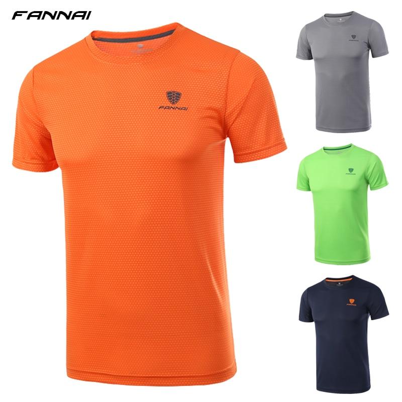 Sport Shirt Men Running Fitness Gym T shirt Bodybuilding Short Soccer jerseys Shirt Rashgard Dry Fit Sportswear Crossfit Shirts in Soccer Jerseys from Sports Entertainment