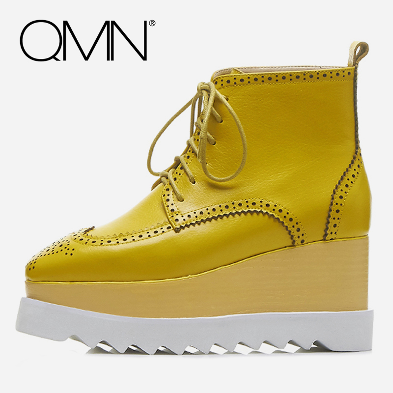 QMN women genuine leather ankle boots for Women Square Toe Platform Fashion Boots Brogue Shoes Woman Wedges Boots Botas 34-42 qmn women crystal trimmed brushed embossed leather brogue shoes women square toe oxfords shoes woman genuine leather flats 34 43