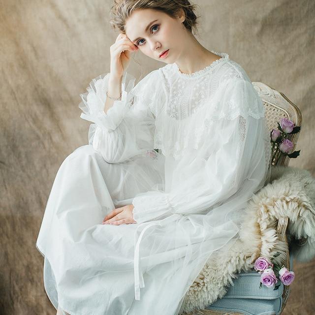 194a6cfbadf Роскошная женская хлопковая ночная рубашка с длинными рукавами в стиле ретро  дворец белая длинная ночная рубашка