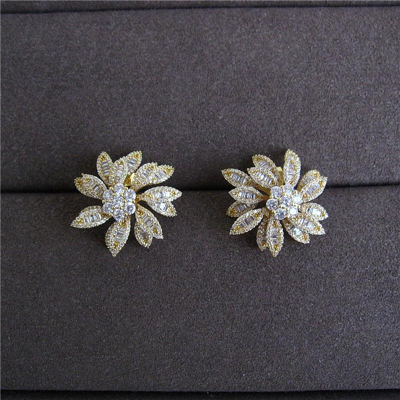 Fashion women earrings,LUXURY AAA cubic zirconia white stones flower shaped big stud earrings, E9304