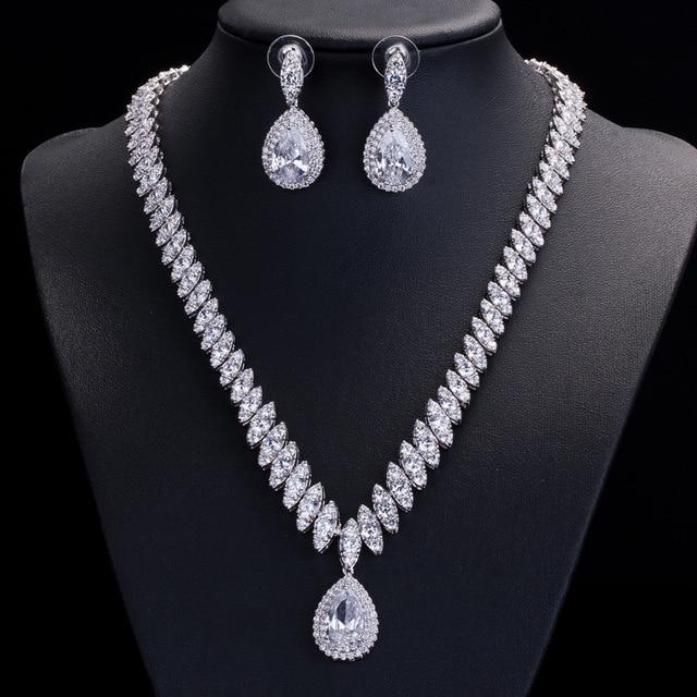 Collar y pendientes de boda de Zirconia cúbica de alta calidad, conjuntos de joyería de cristal de lujo para damas de honor