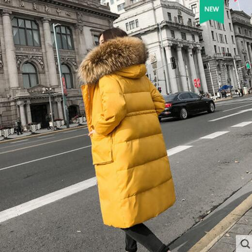 2018 New Real Fur Collar Winter White Duck   Down     Coat   Outerwear Women Long Parkas Hooded Thick Warm Winter   Coat   YP1239