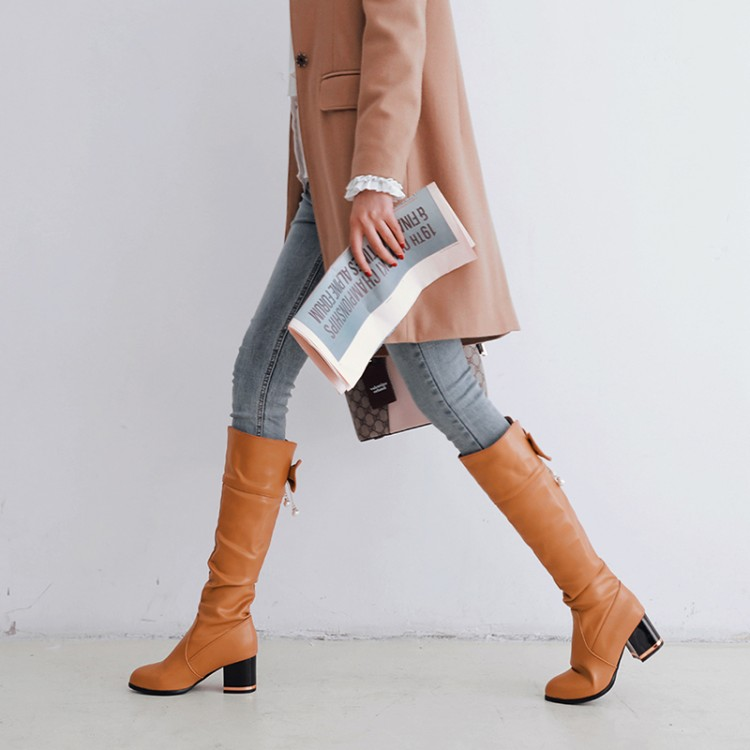 Big Size 11 12 13 14 15 16 17   Butterfly-knotted thin boots with thick heel and back jacket of European and American wind tipsBig Size 11 12 13 14 15 16 17   Butterfly-knotted thin boots with thick heel and back jacket of European and American wind tips