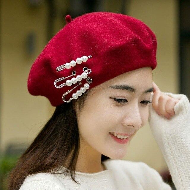 Donna giapponese Pin Perla Pura Lana Berretto Autunno E Inverno Cappello Di  Lana Pittore Delle Donne 977df78f0a7e