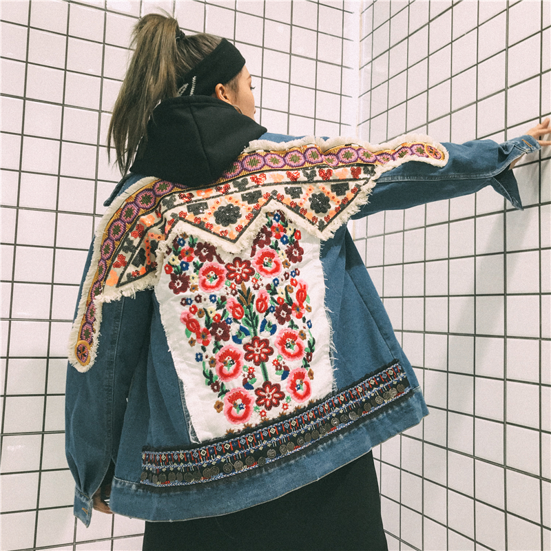 Flower embroidery denim jacket coat women Vintage autumn winter basic jackets 2018 Casual ripped jean jacket outerwear