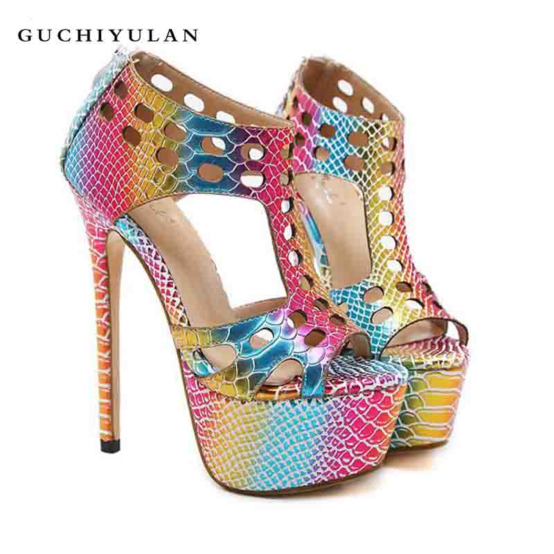 Zapatos mujer cuero genuino 2018 Mode Sandales Pompes Chaussures Femmes De Luxe Plate-Forme Cales Chaussures escarpins sexy hauts talons