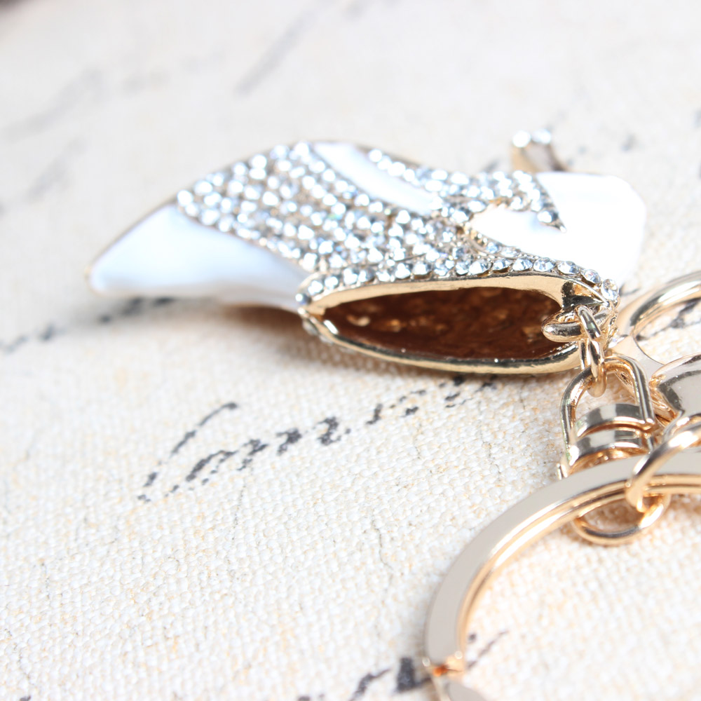 White High-heeled Shoe keyring Cute Crystal Charm Pendant Purse Bag Car Key Chain Jewelry New Fashion Design Gift  - buy with discount