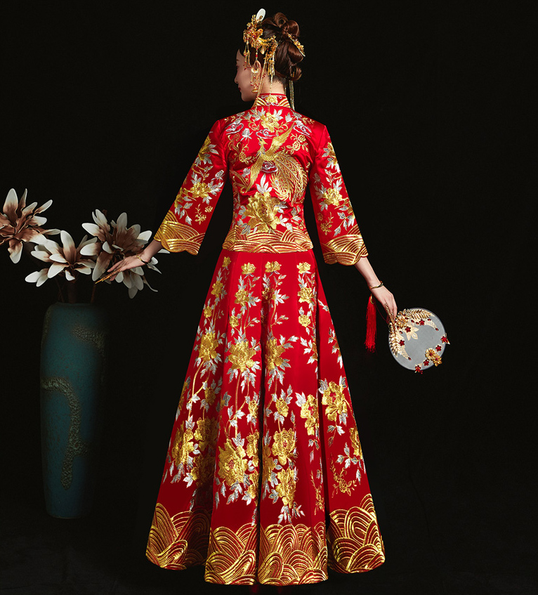 Red formal dress royal wedding cheongsam style costume bride vintage Chinese traditional embroidery phoenix Tang suit Qipao