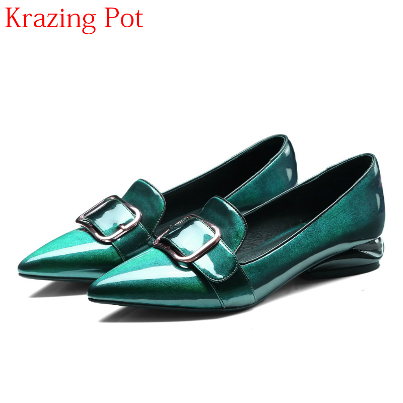 2019 Hot Sale Summer Retro Mental Buckle Pointed Toe Spring Shoes Low Heels Microfiber Slip on