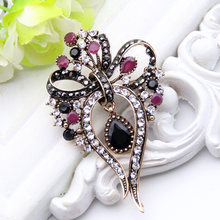 Hollow Bunga Bow Bros Wanita Turki Liontin Perhiasan Antik Emas Warna Multiwarna Resin Bros Bros Jilbab Syal Pin(China)