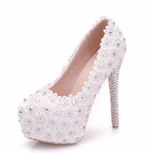 New Lace Pearls Bridal White Wedding Shoes Bride Handmade Sweet Elegant Luxury Dinner Party Wedding White Lace Shoe XY-A0320 white lace flower flat heel wedding flats shoes woman bride bridal handmade plus size 41 42 43 beading pearls party shoe hs312