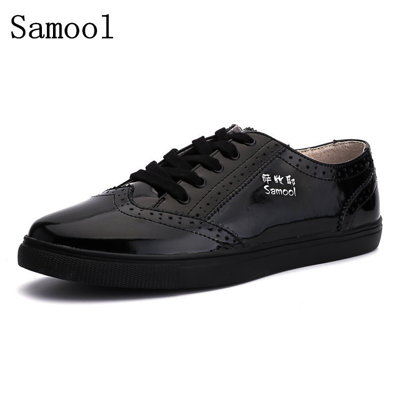 Autumn Men Oxfords Shoes British Style Carved Genuine Leather Business Shoes Lace-Up Bullock Business Men's Flats Big Size 35-47 tidog british style leather shoes men shoes toe shoes bullock carved layer of leather casual shoes