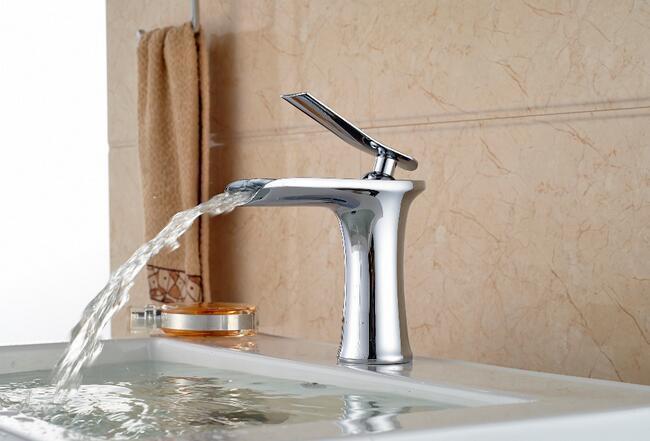 Mitigeur monocommande Chrome cascade bec lavabo mitigeur robinet salle de bain lavabo mitigeur robinets accessoires de cuisineMitigeur monocommande Chrome cascade bec lavabo mitigeur robinet salle de bain lavabo mitigeur robinets accessoires de cuisine