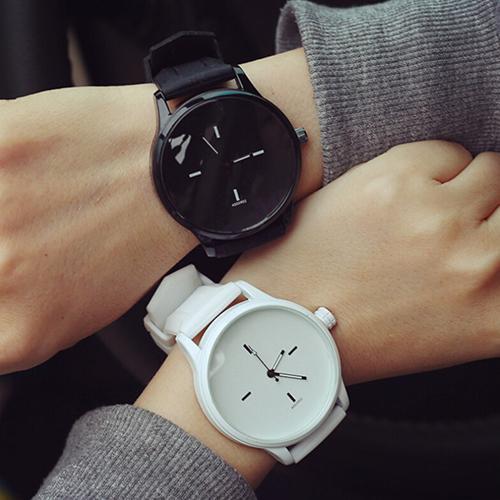 Women's Men's Soft Silicone Strap Jelly Quartz Lover's Gift Sports Wrist Watch Reloj Hombre