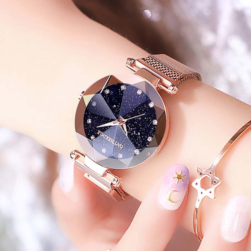 Fashion Women Starry Sky Watches Top Brand Luxury Diamond Clock Magnet Mesh Waterproof Female Wristwatch Boxes Bracelet Set Gift