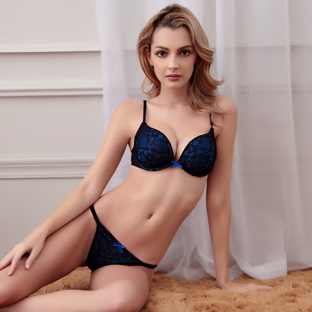 3b625744f0ba New 2016 underwear Women Sexy Thong deep V girl lace bra set local tyrant  gold blue