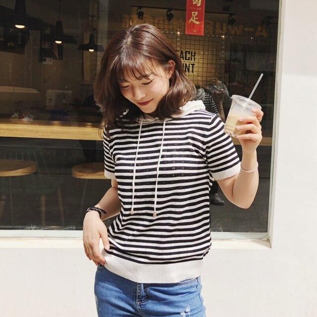 קיץ קצר שרוול פסים סוודר נשים סוודר סרוג 2019 סוודרים O-צוואר חולצות קוריאני למשוך Femme Jumper נקבה לבן שחור