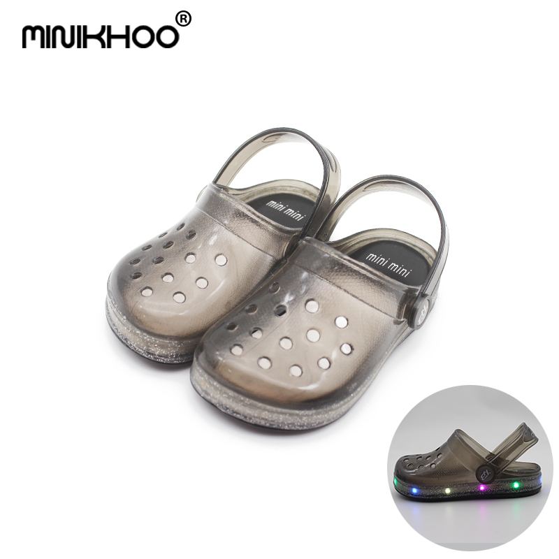 Mini Melissa LED Flashing Hole Garden Sandals Girls Boy Sandals 2018 Children LED Sandals Jelly Sandals 14cm-17cm High Quality