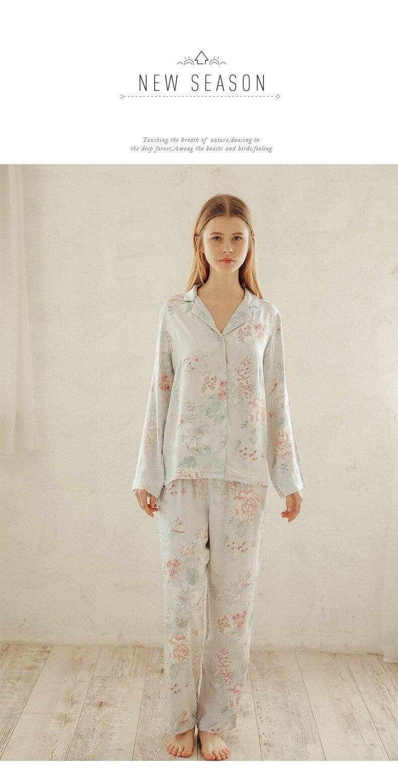 253e73bf60aaa4 100% de cetim grande flor lapelas de manga comprida camisa calça pijamas  feminino terno de casa outono novo high-end desgaste da noite