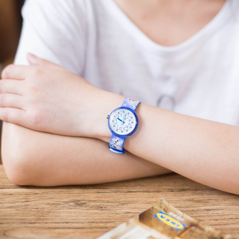 все цены на Swatch Flik Flak children's Table Series Quartz Watch ZFLNP023 онлайн