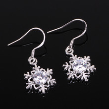 2016 Fashion Classic Women Selling AAA Quality Zircon Snowflake Earrings Wholesale Free shipping Silver