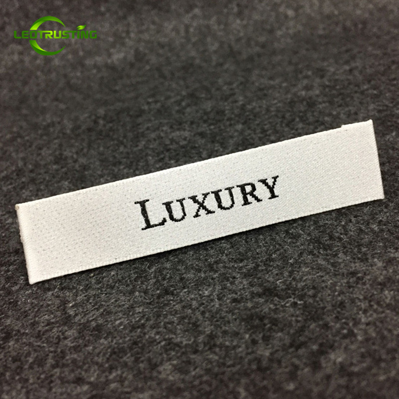1000pcs Custom Logo Brand Woven Clothing Labels with Cut and Folded Customized Wedding Dress Hat Shoes