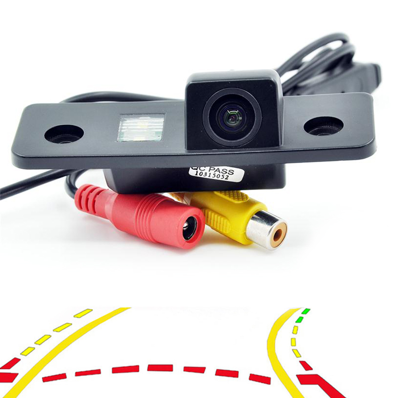 √Variable Parking Line Dynamic Trajectory Tracks Car Rear View ...