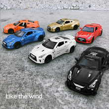 1:32 Model Mobil Paduan, Simulasi Tinggi GTR Model Mobil, Mainan Vehicles, Logam Diecasts, tarik Kembali & Berkedip & Musik, Pengiriman Gratis