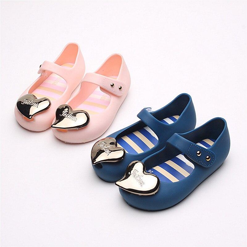 Mini Melissa Lovely Heart Shoes For Girls Jelly Sandals 2019 New Sandals Jelly Shoes Girls Beach Shoes Melissa Princess Shoes
